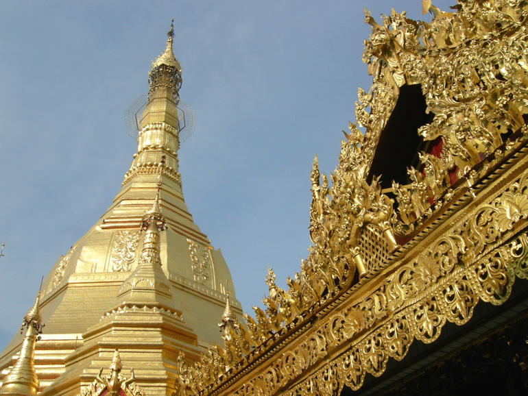 Myanmar (Burma), religion. The Gold of Burma. Photo 3